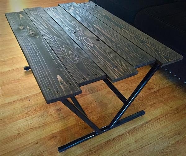 wooden pallet coffee table with metal base