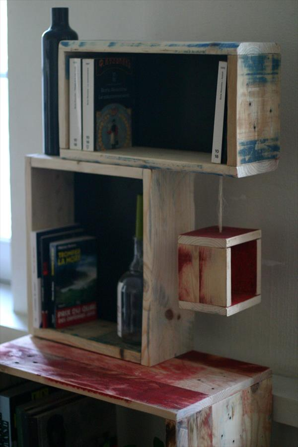 wooden pallet arty style console