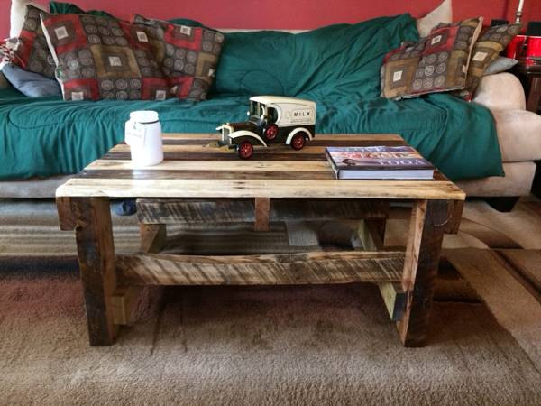 recycled pallet dual toned coffee table
