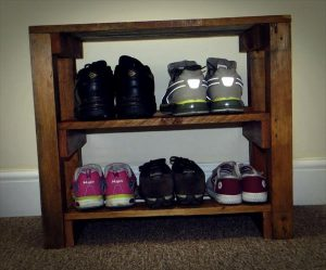 Pallet Entrance Table / Shoes Rack