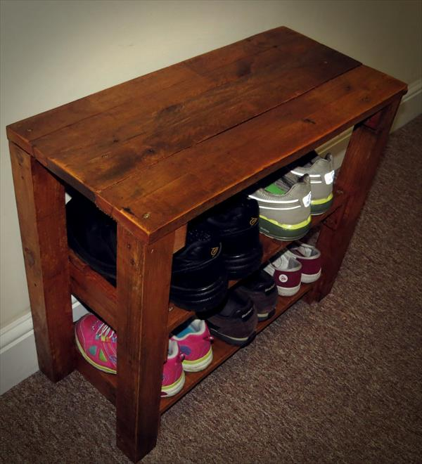 upcycled wooden pallet entryway table with shoes rack