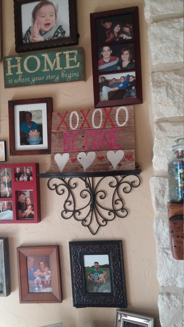 low-cost wooden pallet love wall art