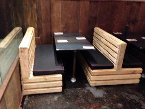 diy pallet seating set for restaurant