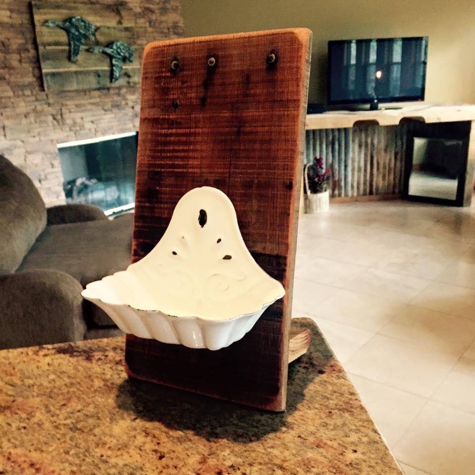 handmade wooden pallet soap holder