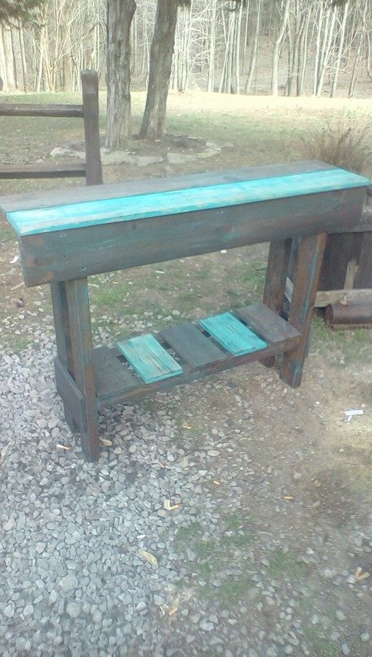 rustic yet modern pallet console
