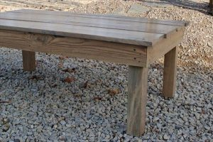 Simple Upcycled Pallet Coffee Table