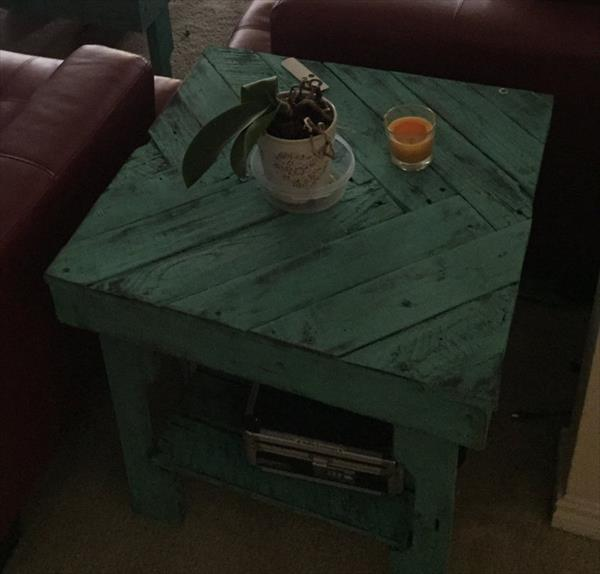 no-cost pallet chevron end table