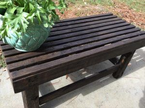 DIY Versatile Pallet Outdoor Bench