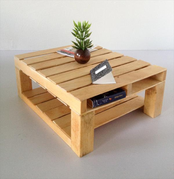 low-cost yet sturdy wooden pallet coffee tablee