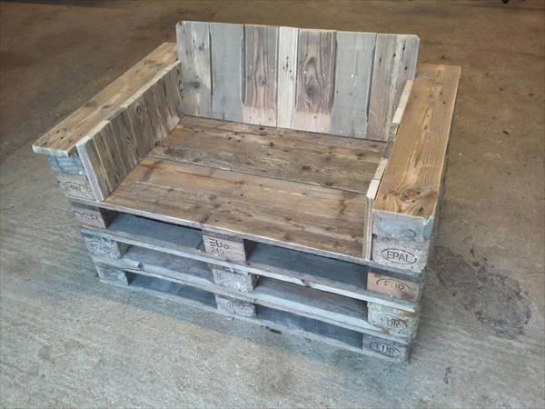 old pallet love seat