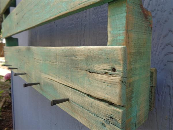 upcycled wooden pallet wall hanging shoes rack with hooks