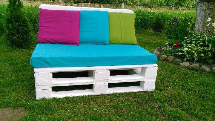 diy pallet two seater sofa