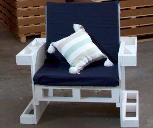 wooden pallet armchair for kids