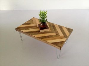 Chevron Pallet Coffee Table with Hairpin Legs