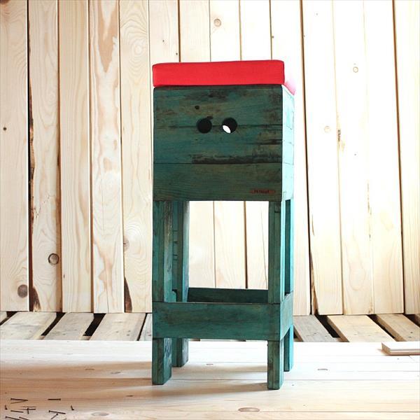handmade wooden pallet stool