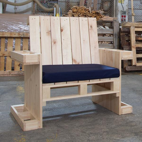 low-cost wooden pallet armchair with cushion