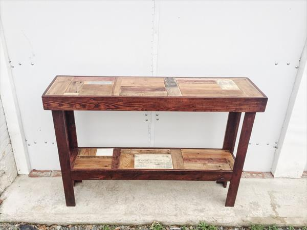 handmade pallet decorative entryway console