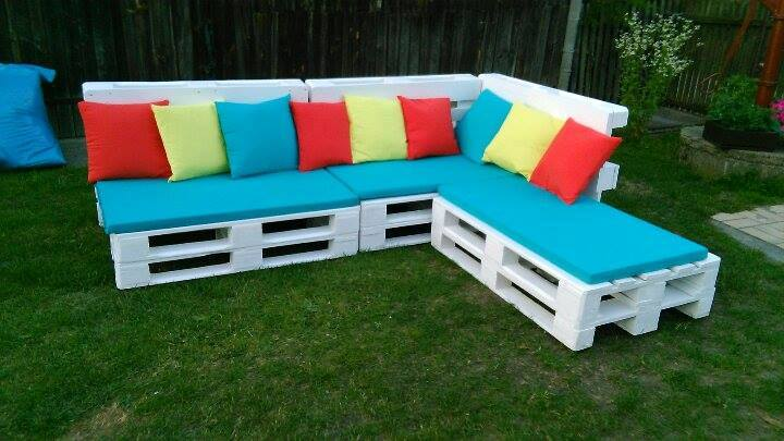 Regained pallet sectional sofa