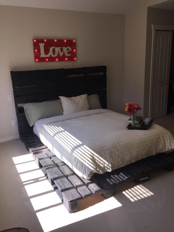 platform bed made of pallets