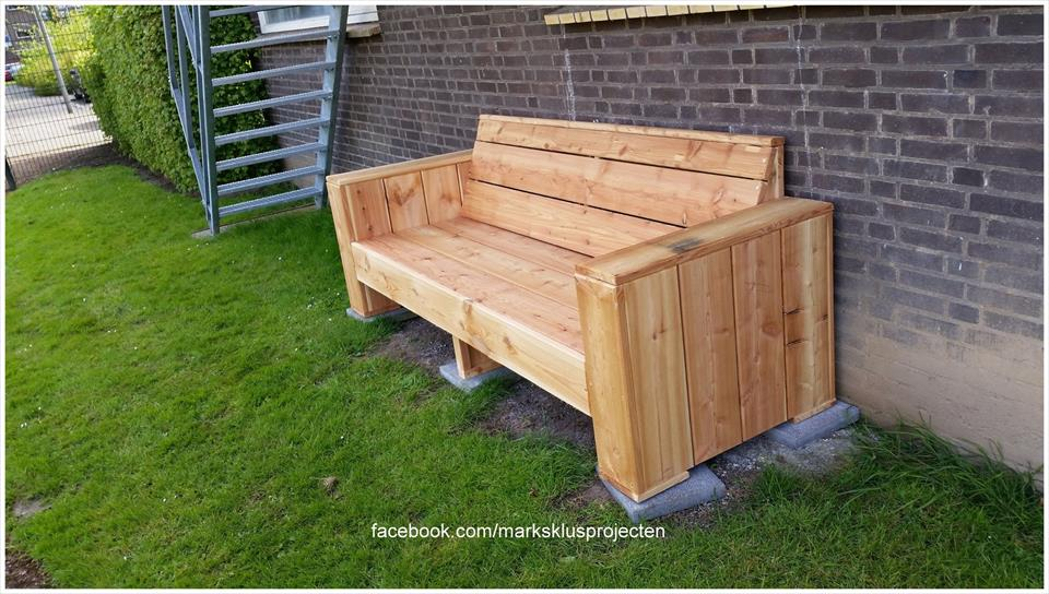 DIY Pallet Garden Bench Furniture Plans