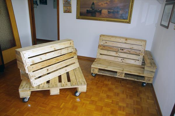pallet couch and chaise lounge frame with wheels