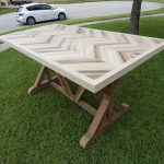 DIY Chevron Pallet Dining table