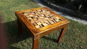 DIY Pallet Wooden Chess Dining Table