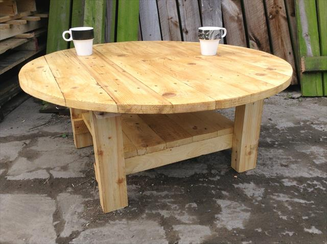 recycled pallet round top coffee table with lower shelf
