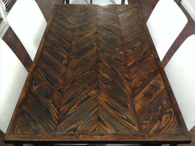 chevron pallet choco dining table