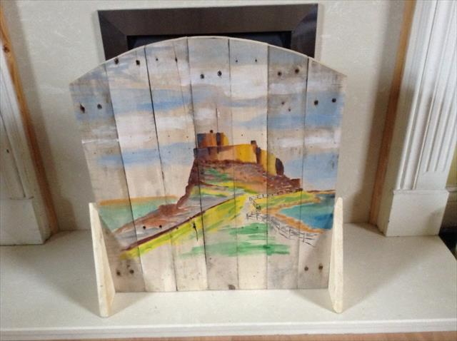 recycled pallet lindisframe castle fire screen