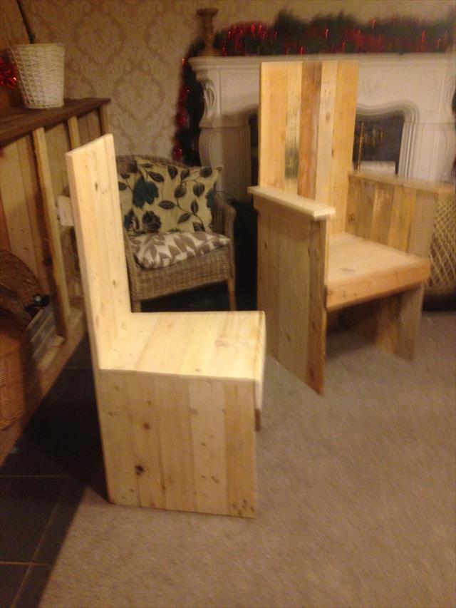 robust wooden pallet kitchen chair