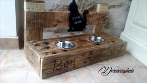 DIY Pallet Cat Bowls – Pallets to Feed your Pets