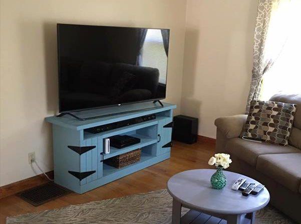 diy pallet media center. Pallet Furniture Plans  DIY Pallet Projects  Pallet Ideas
