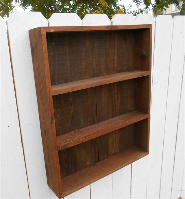 DIY Pallet Wall Cabinet Shelf Unit | Pallet Furniture Plans